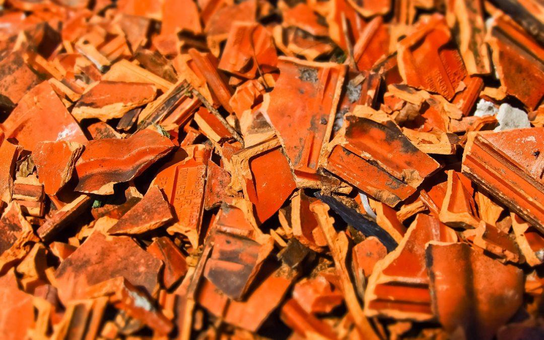 Veritas critica i comportamenti incivili che causano l'abbandono dei rifiuti inerti prodotti dai lavori edili