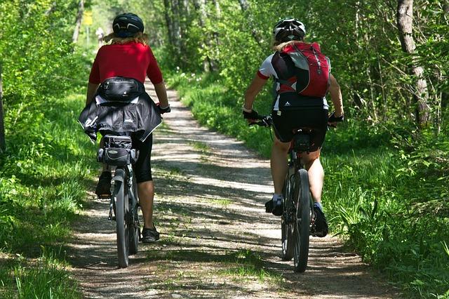 Lo sviluppo delle piste ciclabili lungo i canali di bonifica è l'obiettivo di un accordo tra ANBI, FIAD e università