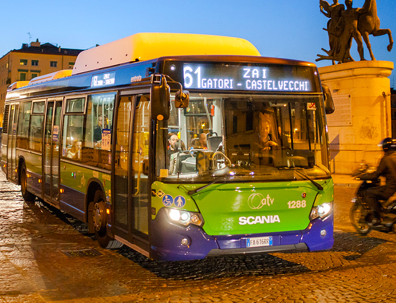Cambiano gli orari di autobus e uffici dell'Azienda Trasporti Verona dal 23 dicembre al 6 gennaio