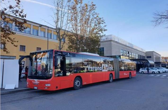 Un solo biglietto treno+bus per raggiungere l'aeroporto di Verona Villafranca