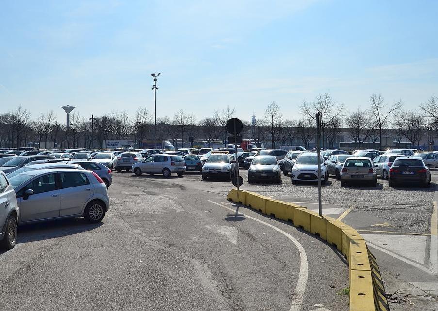 Iniziati i lavori a Verona per la condotta fognaria ai parcheggi in via Città di Nimes