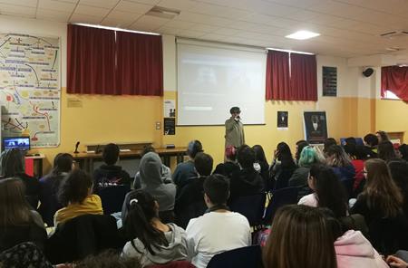 Un seminario-spettacolo per far riflettere gli studenti sulle nostre azioni verso l'ambiente