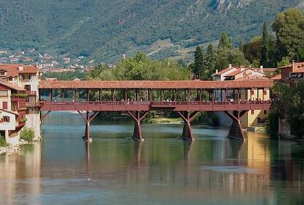 Intervento  sulla condotta che sottopassa il fiume Brenta a Bassano del Grappa