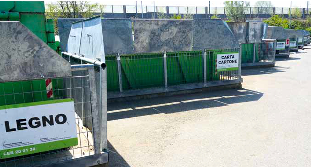 Oltre agli sportelli Etra chiude da oggi anche tutti i centri di raccolta rifiuti