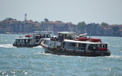 E' stato riaperto a Venezia l'imbarcadero di San Tomà dei vaporetti e dei motoscafi di ACTV