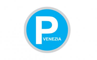 Riattivato a Venezia il pagamento della sosta sulle strisce blu: i primi 90 minuti sono  gratuiti