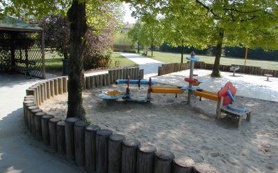 A Venezia riaprono le aree giochi dei parchi e delle aree pubbliche e Veritas vi effettua la sanificazione