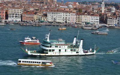 A Venezia sarà riammodernata la flotta dei vaporetti. Entreranno in servizio anche battelli con motorizzazione ibrida