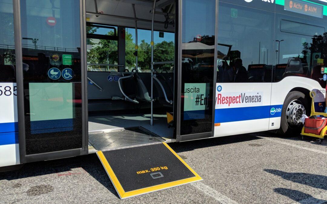 Sarà migliorato l'accesso agli autobus e ai vaporetti di ACTV Venezia da parte delle persone con disabilità motorie