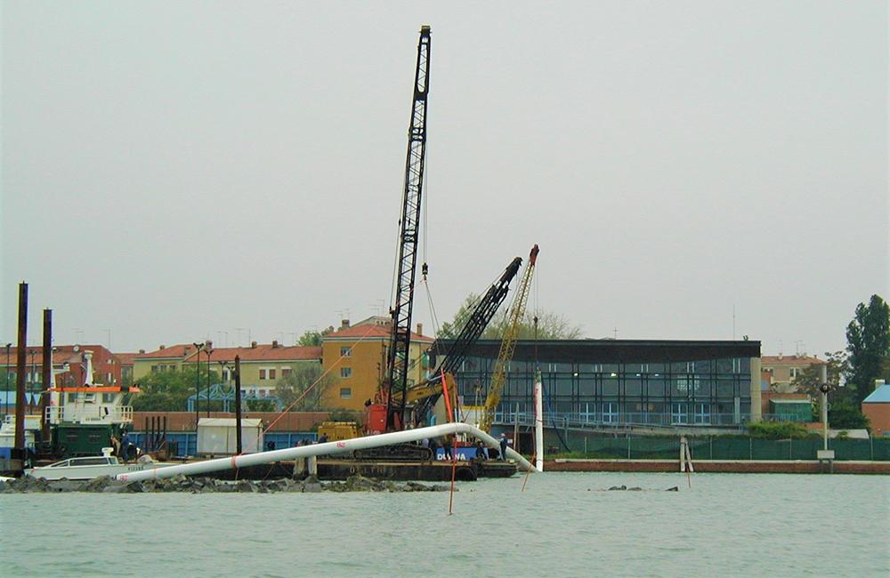 La società regionale Veneto Acque ha trasferito al Gruppo Veritas la condotta idrica Venezia-Chioggia