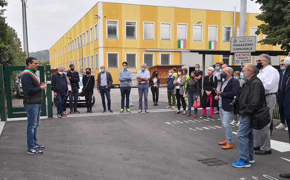 E' stato inaugurato ed entra in servizio ad Abano Terme un nuovo centro di raccolta rifiuti di AcagasApsAmga